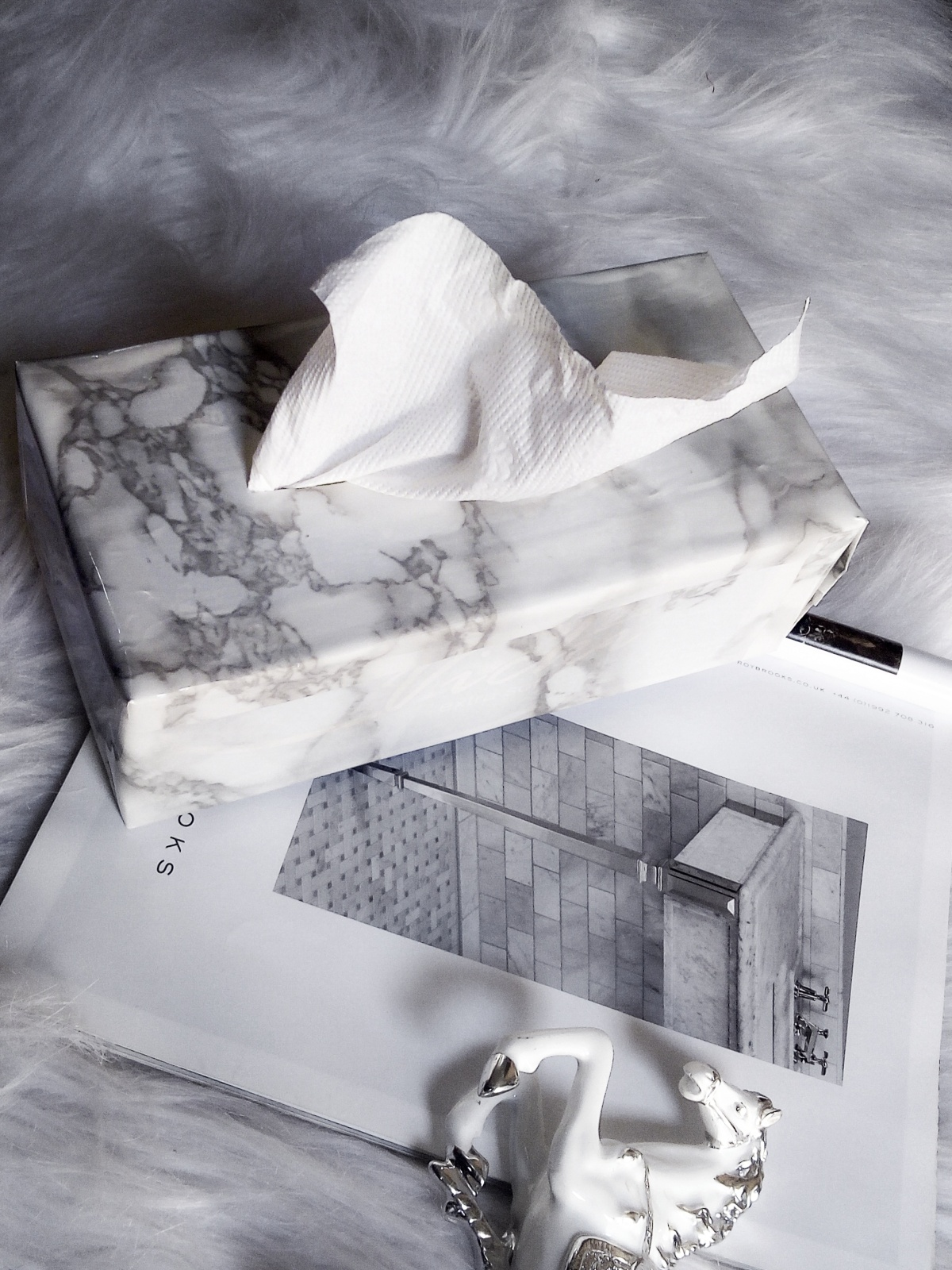 DIY MARBLE TISSUE BOX