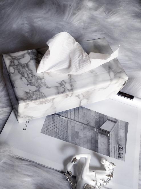 DIY MARBLE TISSUE BOX (6)