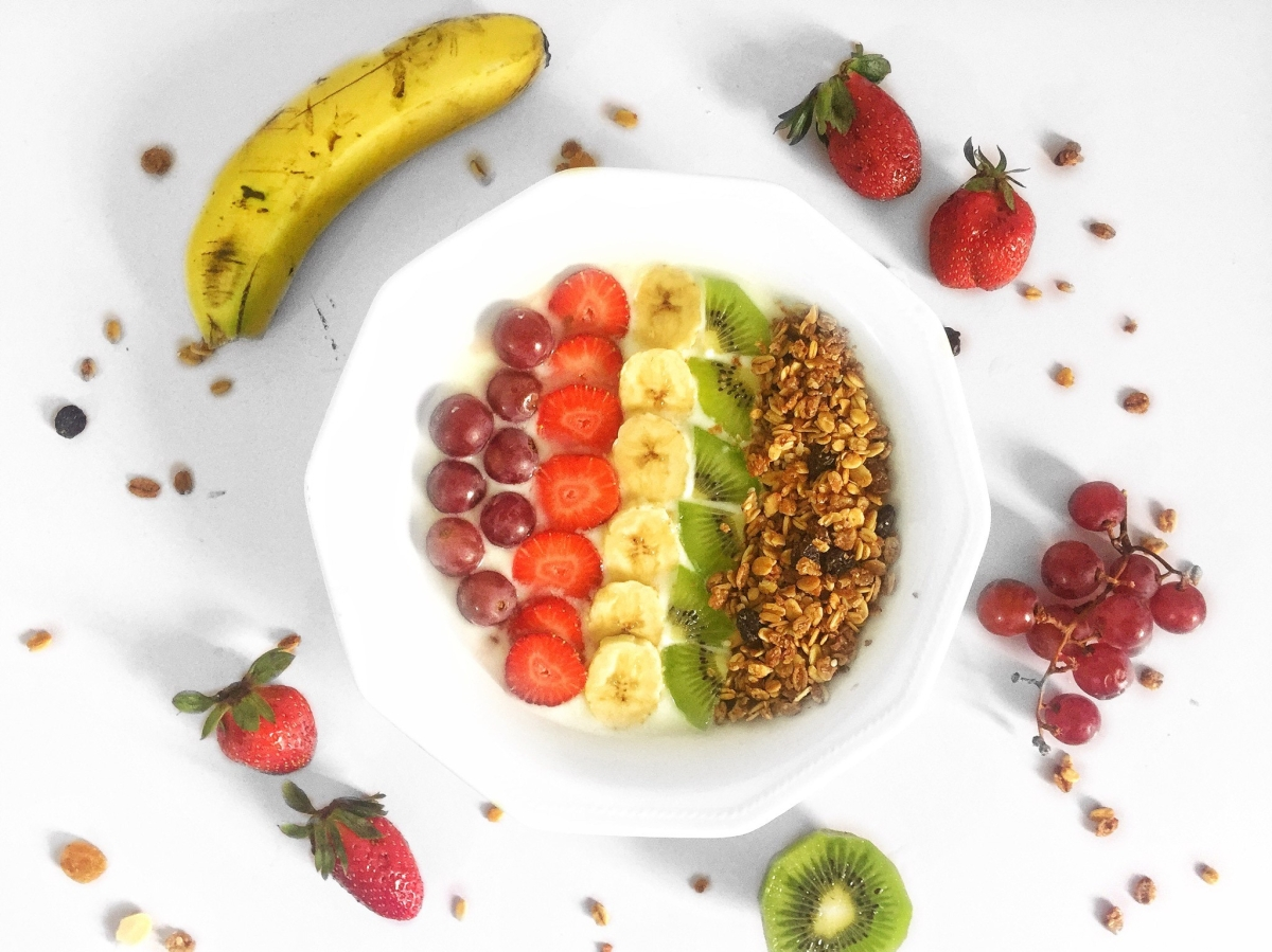 QUICK HEALTHY BREAKFAST FIX || HOW TO HAVE THE PERFECT BREAKFAST –   FRUIT AND NUT PARFAIT THE PERFECT BREAKFAST YOU WOULDN'T SKIP.